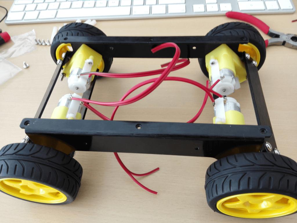 roboter chassis montieren developer blog. Black Bedroom Furniture Sets. Home Design Ideas
