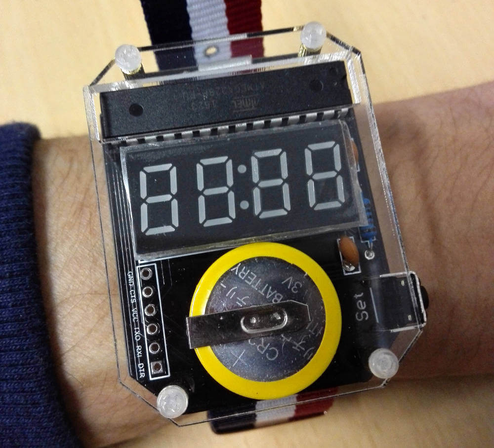 DIY Smart Watch mit Arduino Bootloader